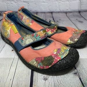 Keen floral Mary Jane